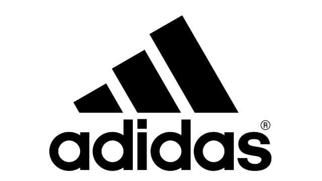 Пакування одягу і взуття Adidas